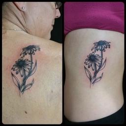 Matching mother-daughter tattoos